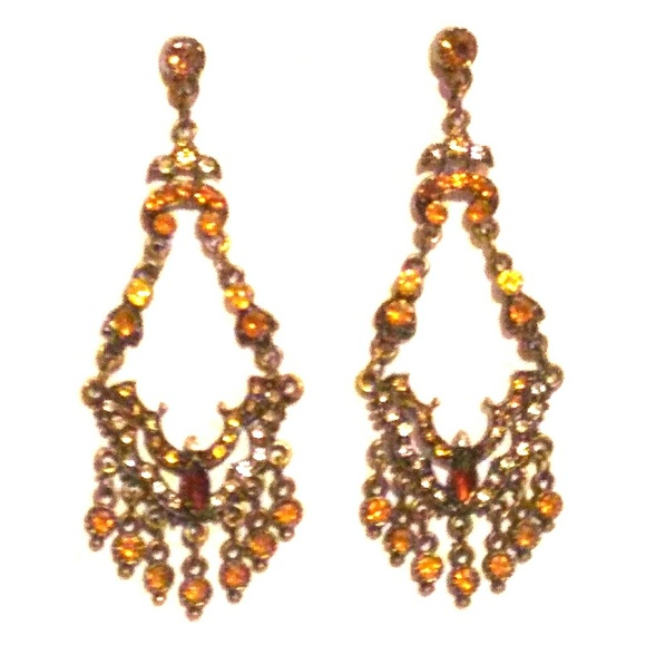 Vintage jewelry vtg amber stone chandelier earrings poshmark m5a99dc458290afaec663c1e4 aloadofball Image collections